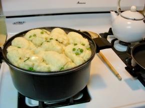 Chicken & dumplings in pot
